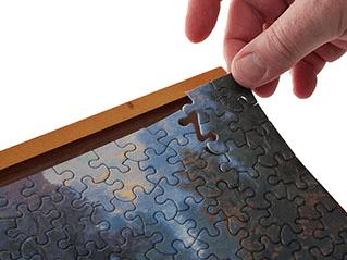 1000-Piece Plastic Puzzle Frame