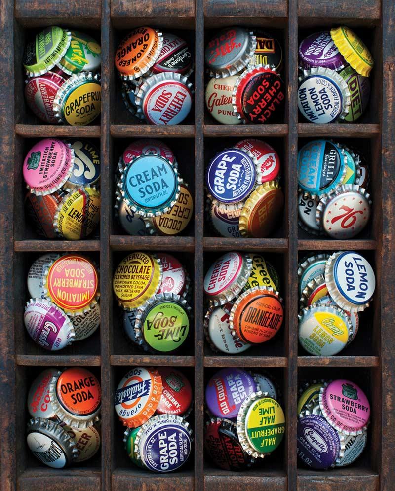 Colorful Caps Nostalgic / Retro Jigsaw Puzzle