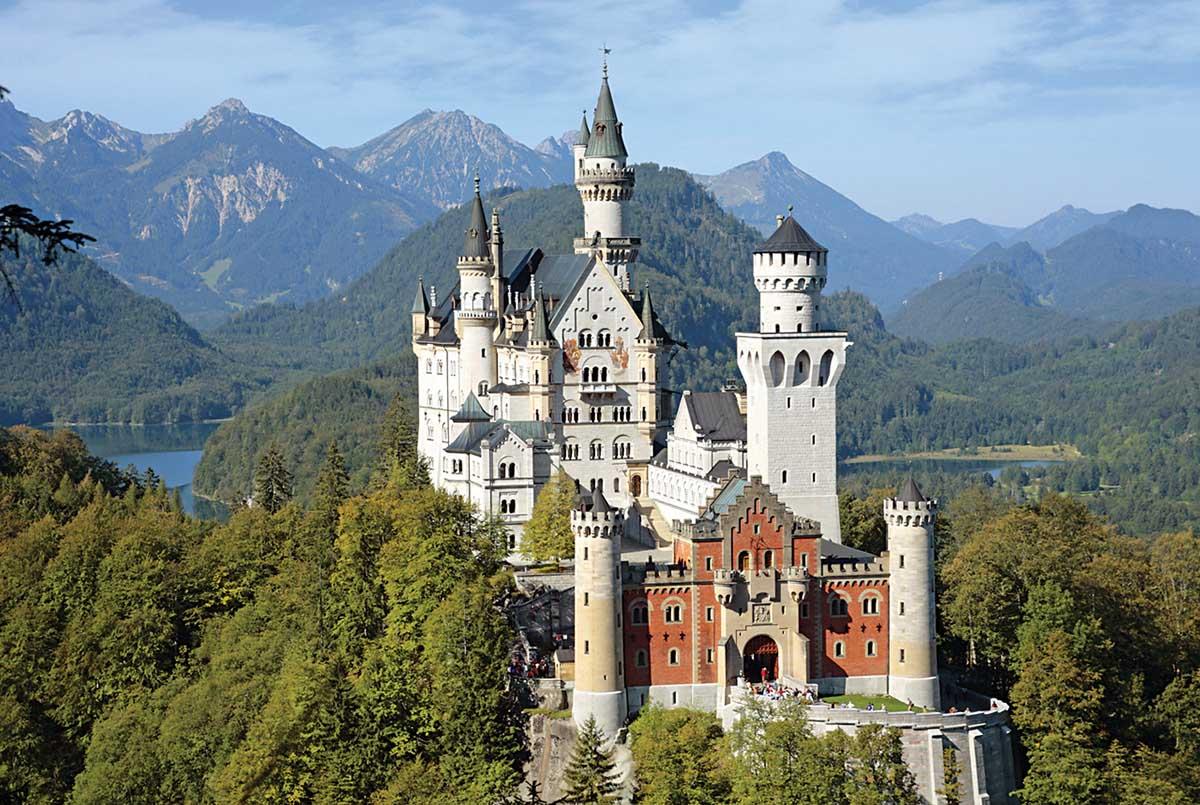 The Castle of Neuschwanstein Castles Jigsaw Puzzle