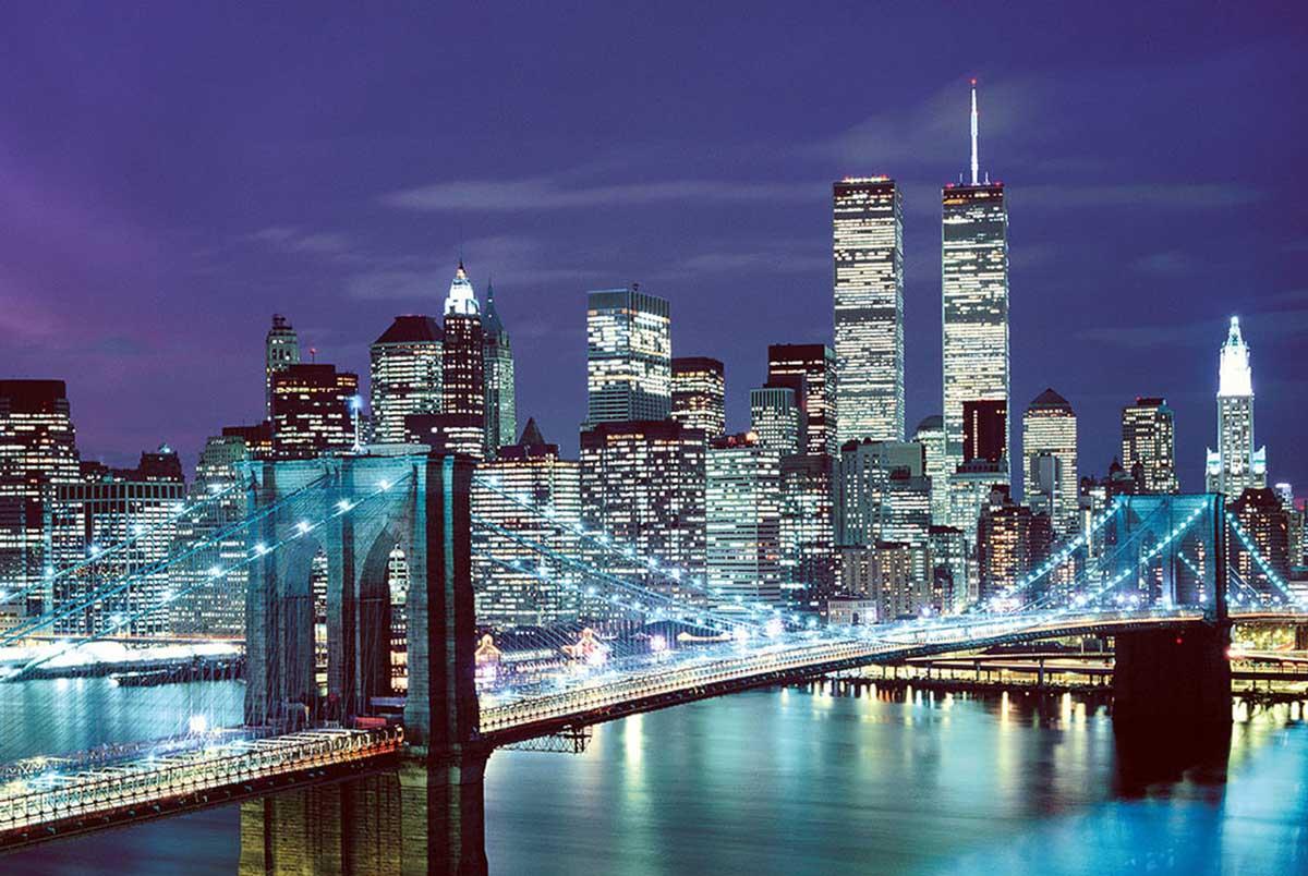 Brooklyn Bridge, USA (Glow) Skyline / Cityscape Glow in the Dark Puzzle