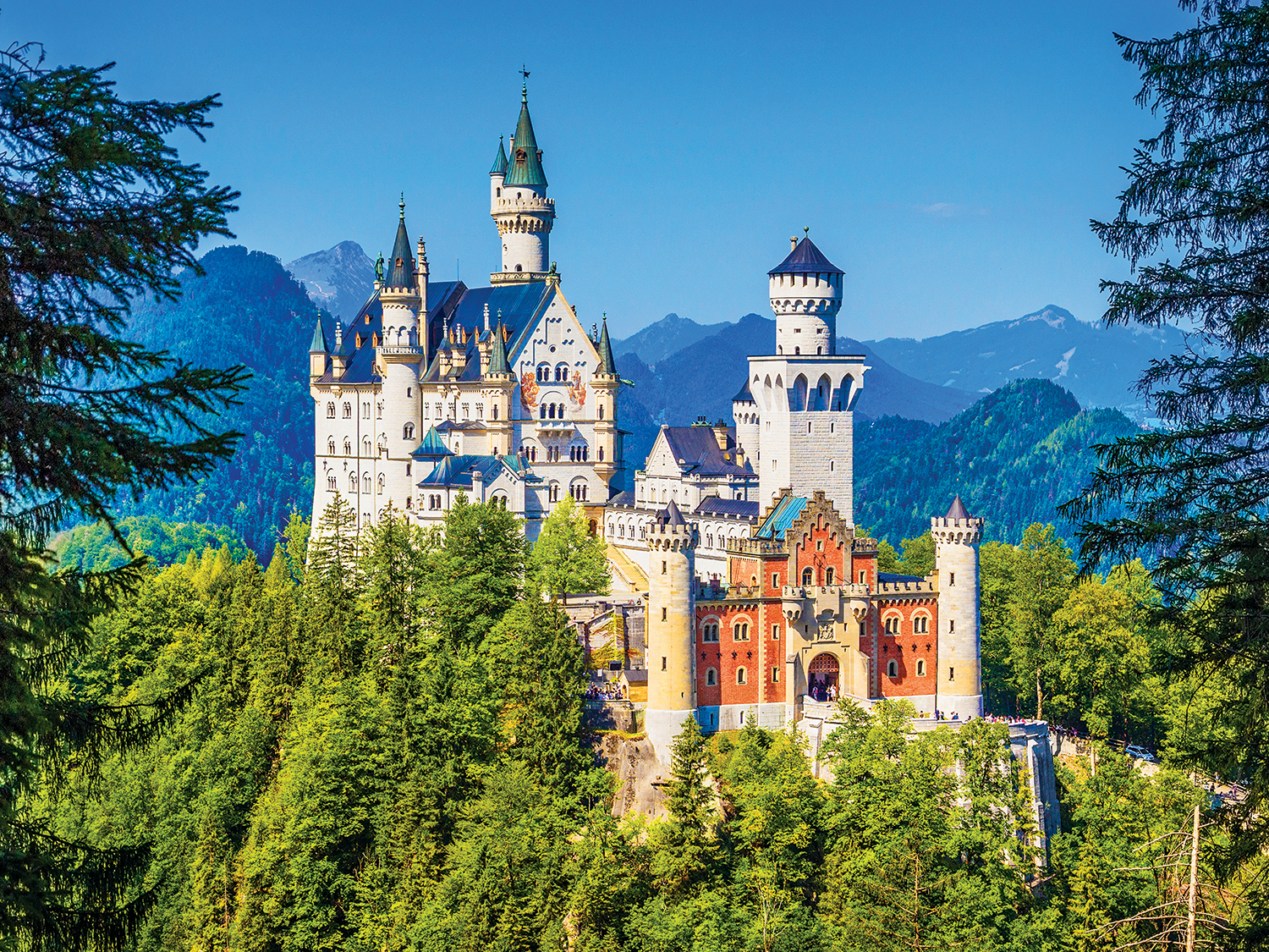 Neuschwanstein Castle, Bavaria - Scratch and Dent Dogs Jigsaw Puzzle