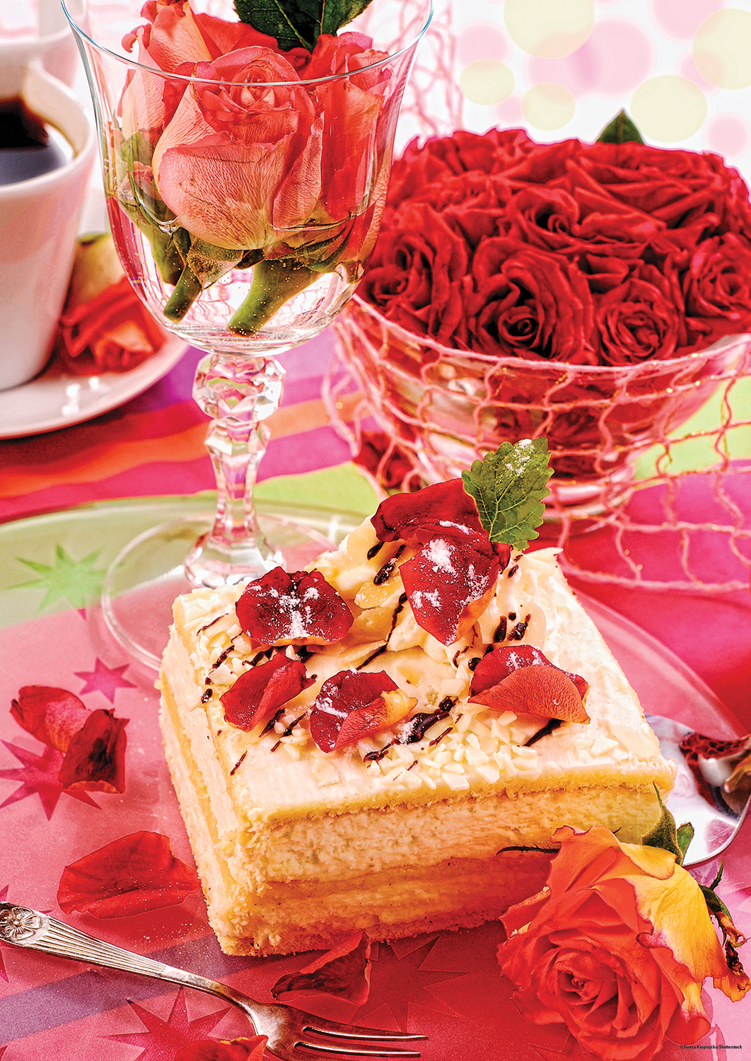 Confections almond cake jigsaw puzzle for Confection cuisine