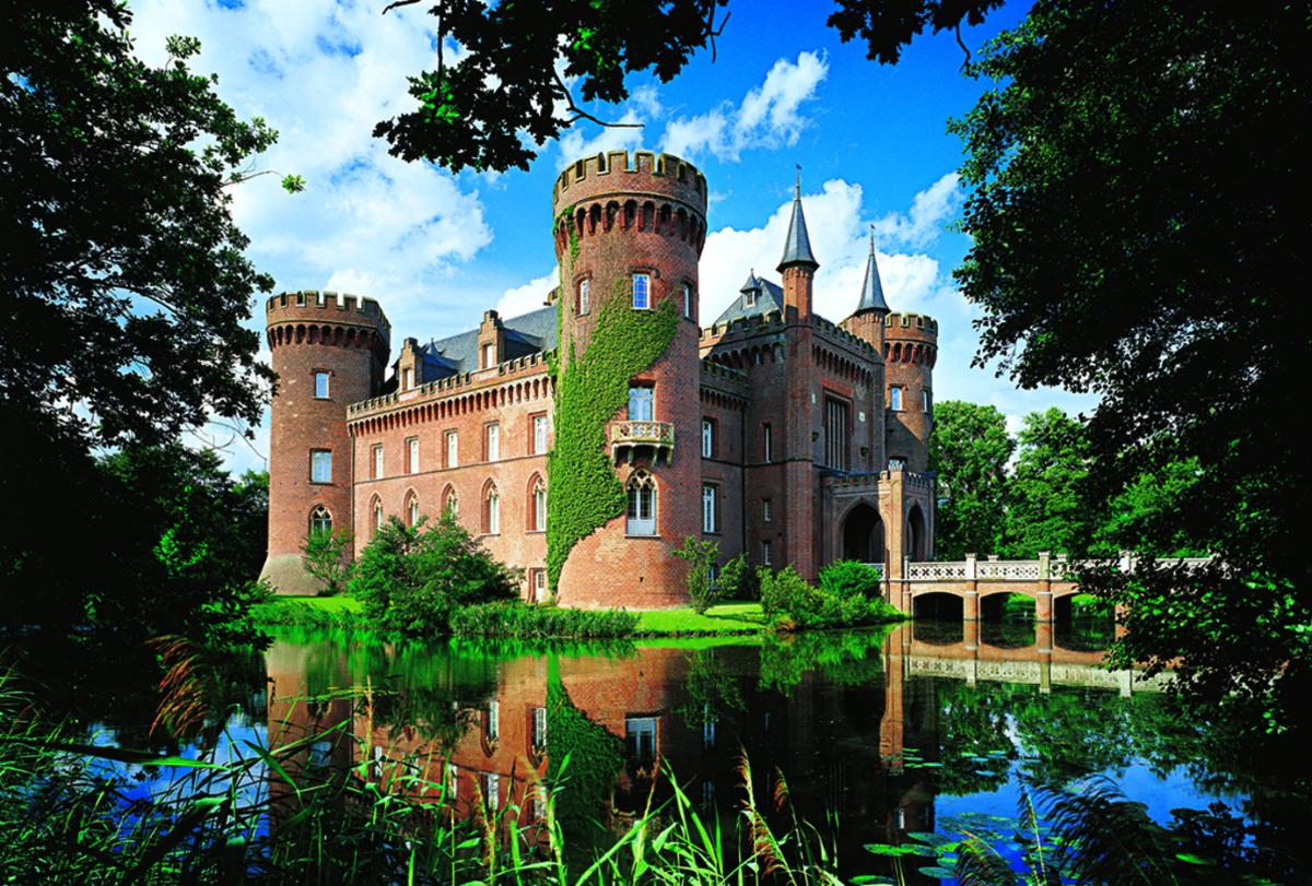 Moyland Castle, Germany Castles Jigsaw Puzzle
