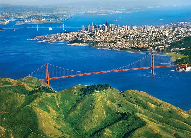 Golden Gate Bridge, CA Skyline / Cityscape Jigsaw Puzzle