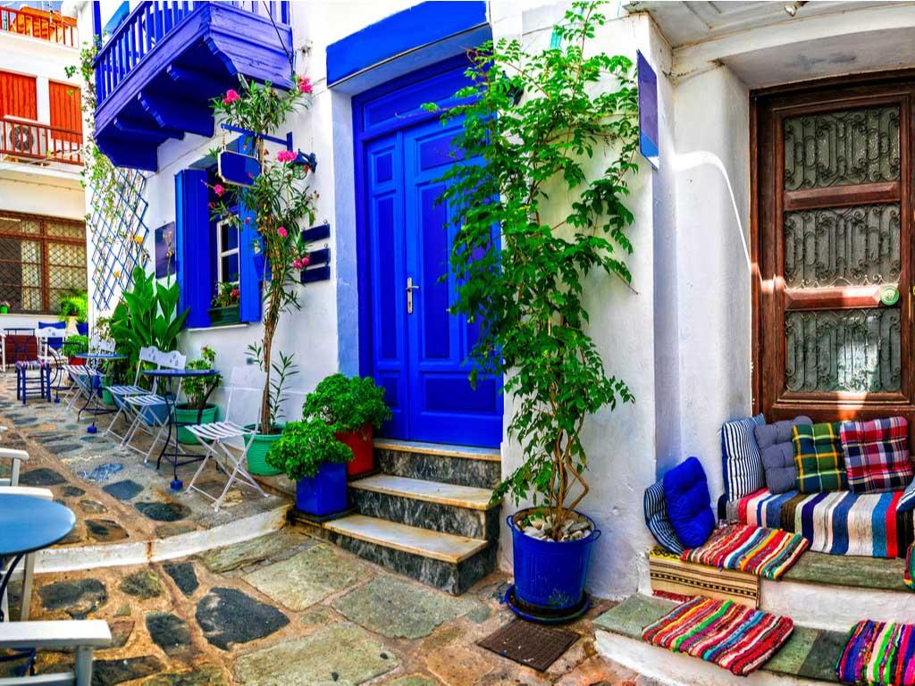 Greek Alley Street Scene Jigsaw Puzzle