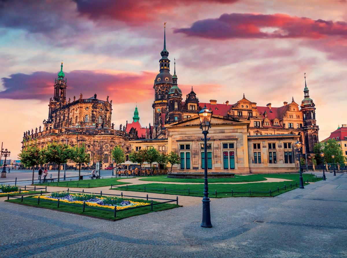 Castle in Dresden, Germany Jigsaw Puzzle
