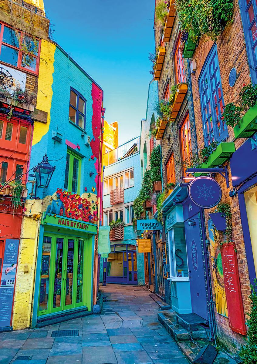 Bright London Streets London Jigsaw Puzzle