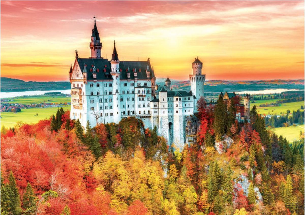 Autumn In Neuschwanstein Castles Jigsaw Puzzle