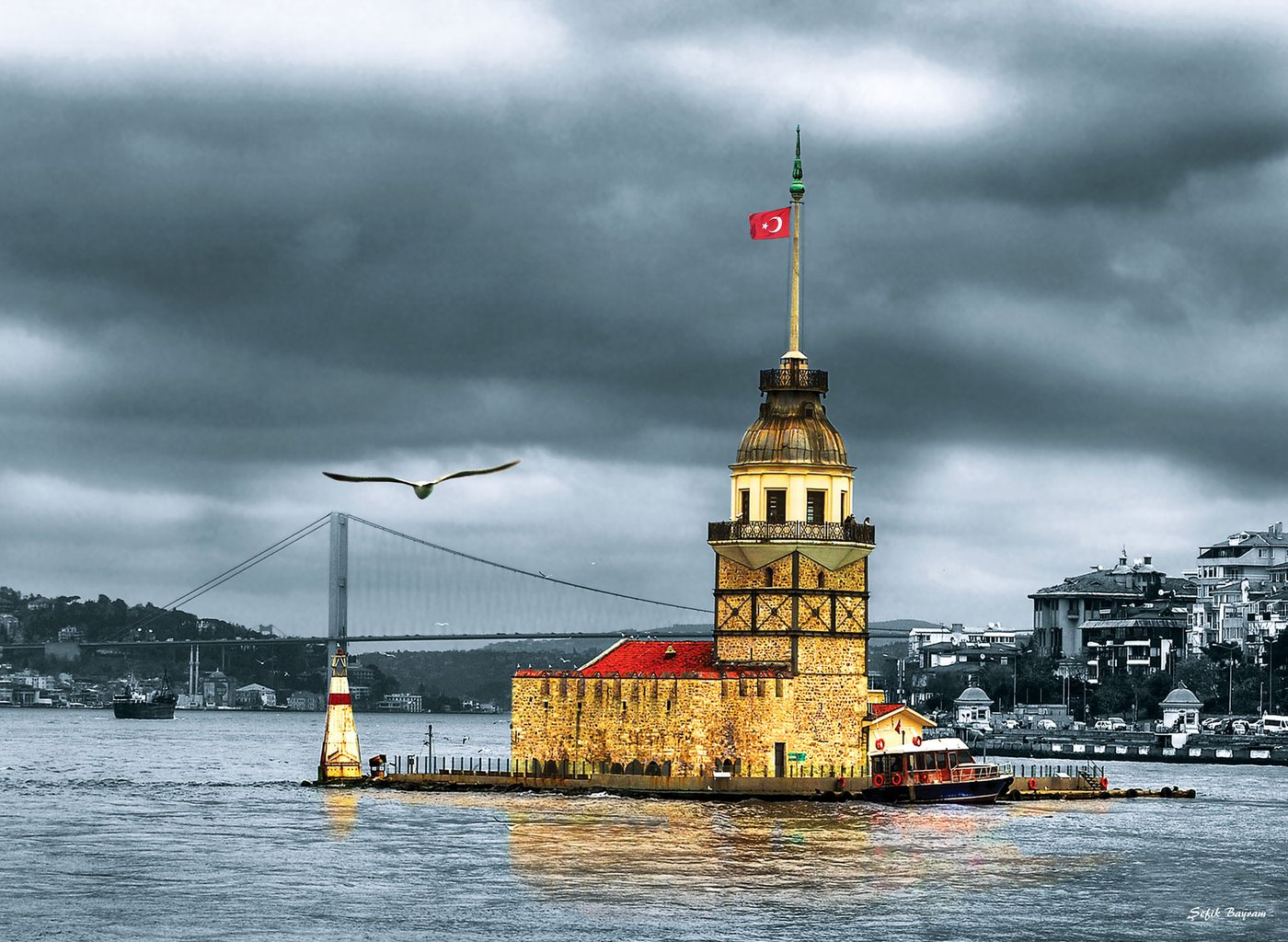Maiden's Tower Lighthouses Jigsaw Puzzle
