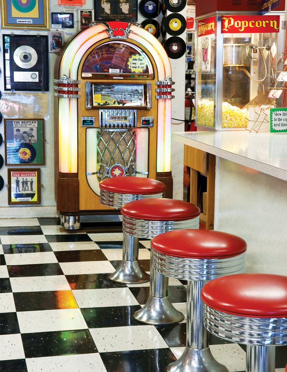 The Malt Shop Nostalgic / Retro Jigsaw Puzzle