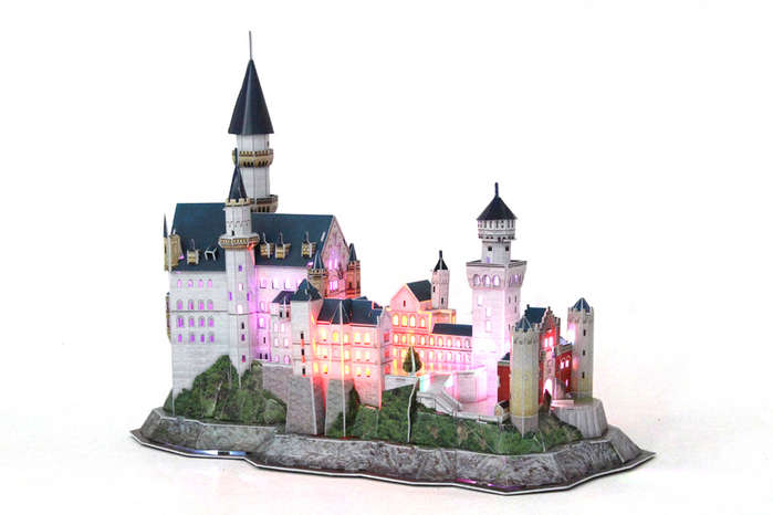 Neuschwanstein Castle with LED lighting Castles 3D Puzzle