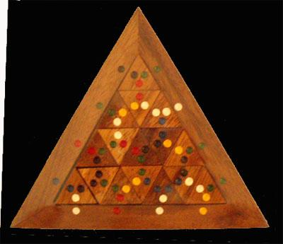 Color Match Triangles Puzzlewarehouse Com