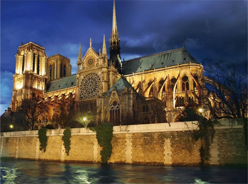 Notre Dame at Night - Scratch and Dent Travel Jigsaw Puzzle