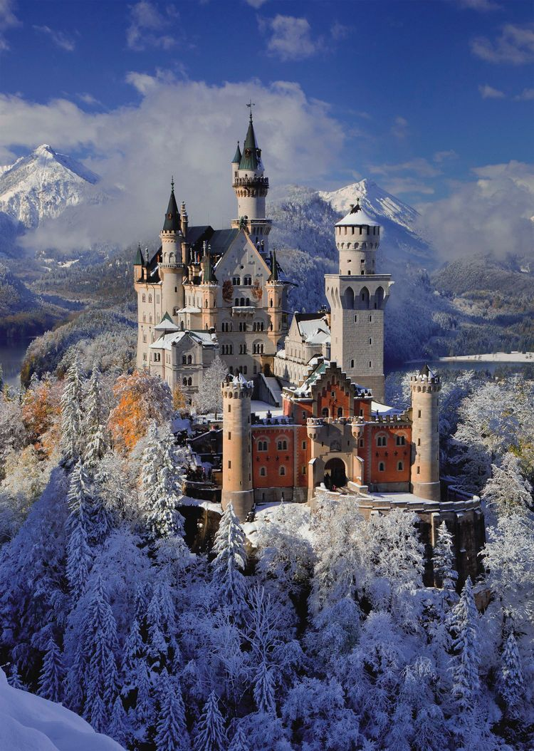 Castle of Neuschwanstein - Scratch and Dent Castles Jigsaw Puzzle