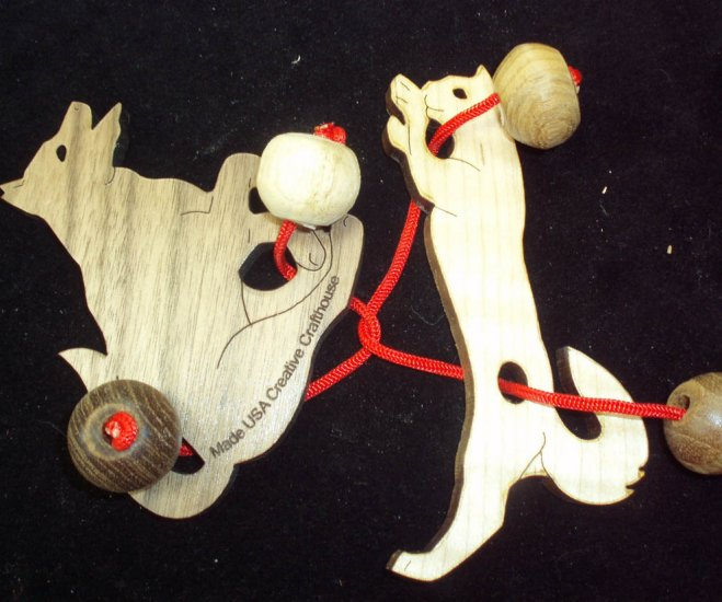 Double Trouble String Puzzle - Cat & Dog
