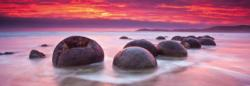 Moeraki Boulders Seascape / Coastal Living Panoramic Puzzle