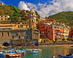 Cinque Terre (Vernazza) - Scratch and Dent Seascape / Coastal Living Jigsaw Puzzle