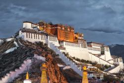 The Potala Palace, Lhasa, China Monuments / Landmarks Jigsaw Puzzle
