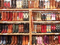 Rows of Colorful Cowboy Boots Pattern / Assortment Jigsaw Puzzle