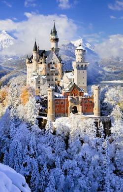 Neuschwanstein Castle Snow Jigsaw Puzzle