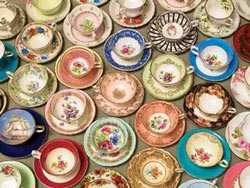 Cups and Saucers Pattern / Assortment Large Piece