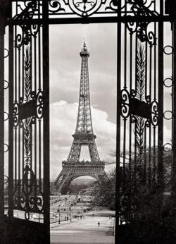 At the Gates of Paris Eiffel Tower Jigsaw Puzzle