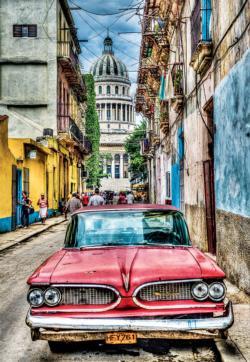 Vintage Car In Old Havana Nostalgic / Retro Jigsaw Puzzle