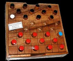 Checkers & Draughts (Large) w/ box Classic Games