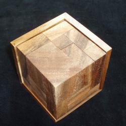 Eight Elements Puzzle Brain Teaser